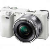 Фотоаппарат Sony Alpha a6000 + 16-50 White [ILCE6000LW.CEC]